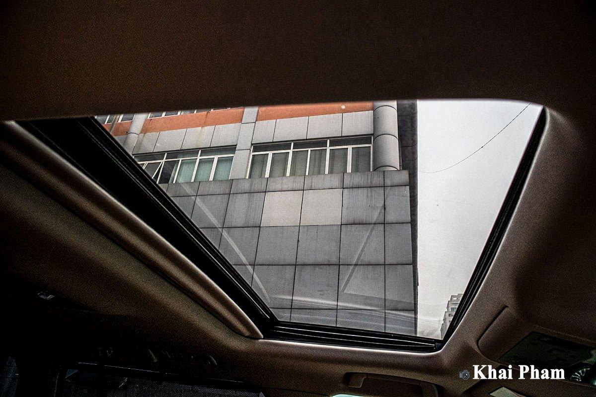 Ảnh Cửa sổ trời xe Lexus LX 570 Super Sport 2020