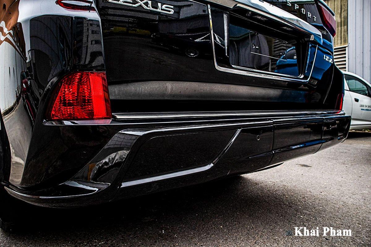 Ảnh Cản sau xe Lexus LX 570 Super Sport 2020
