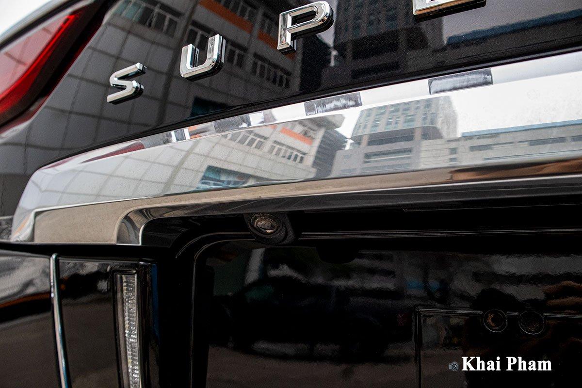 Ảnh Camera lùi xe Lexus LX 570 Super Sport 2020 a1