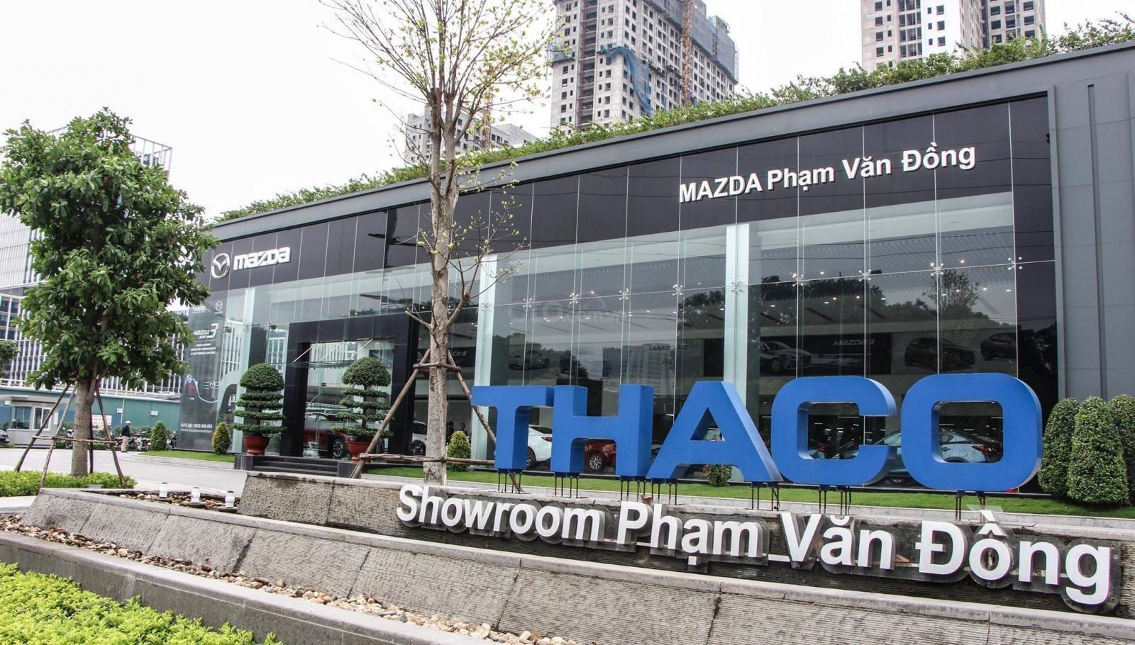 Mazda Phạm Văn Đồng (11)