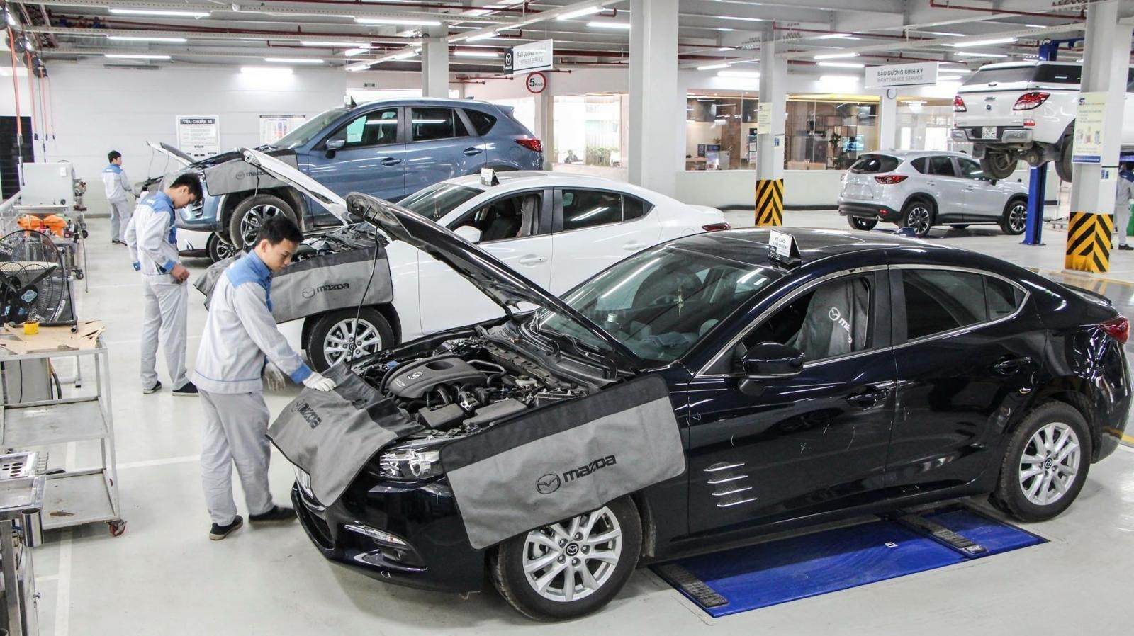Mazda Phạm Văn Đồng (9)