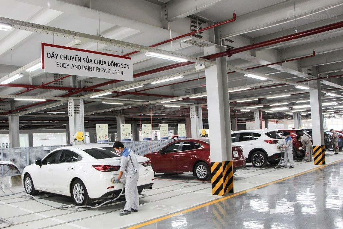 Mazda Phạm Văn Đồng (10)