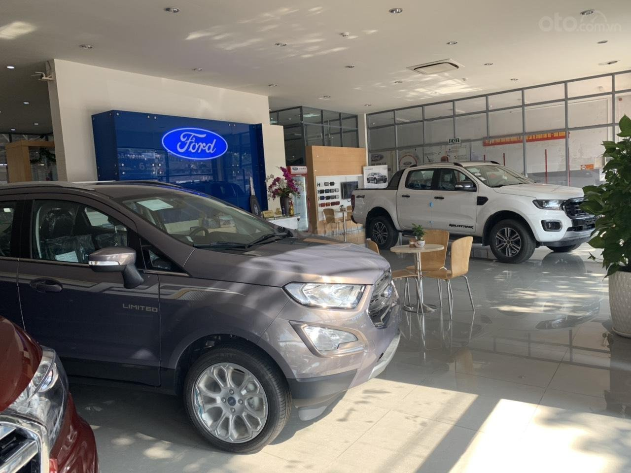 City Ford Showroom Vũng Tàu (4)