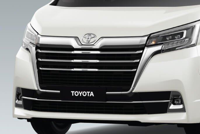 Thiết kế đầu xe Toyota Granvia 2020 1