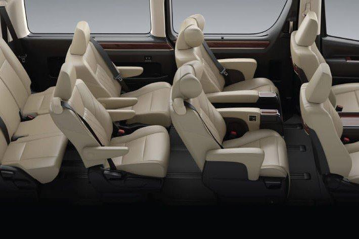 Không gian nội thất Toyota Granvia 2020 a3
