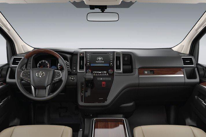 Không gian nội thất Toyota Granvia 2020 a1