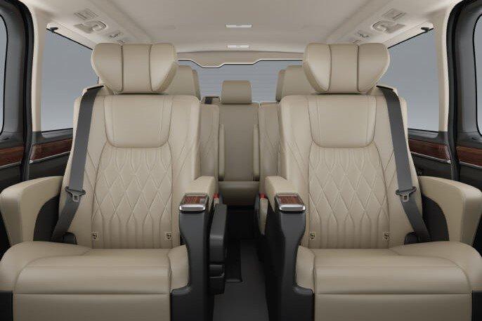 Không gian nội thất Toyota Granvia 2020 a4
