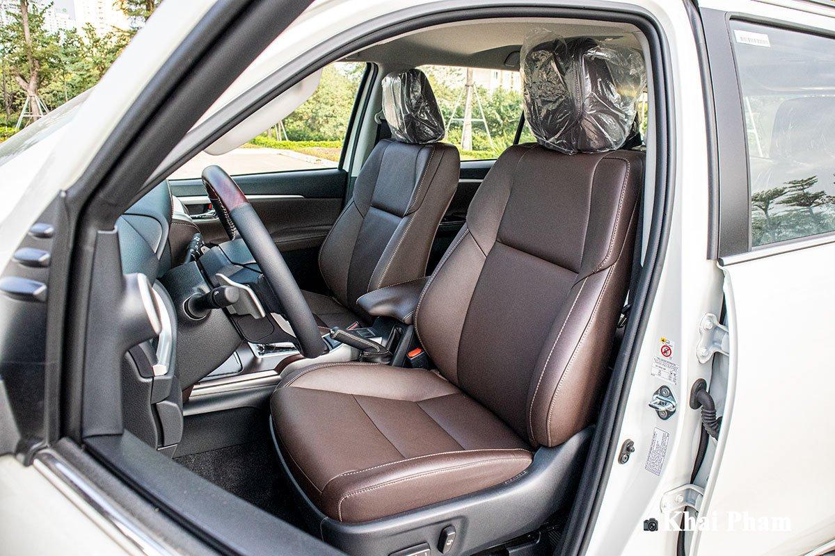 Ảnh Ghế lái xe Toyota Fortuner 2020