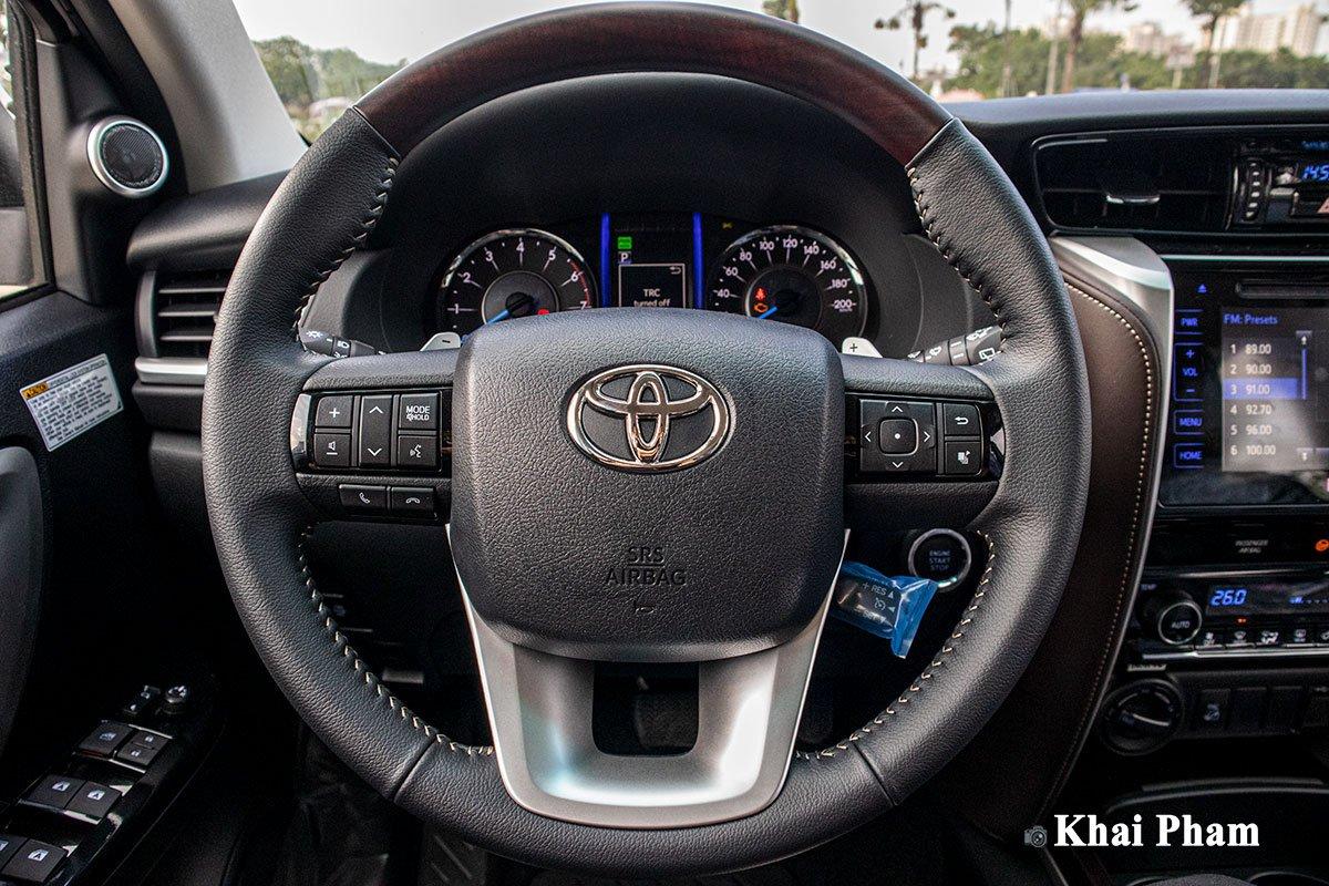 Ảnh Vô-lăng xe Toyota Fortuner 2020