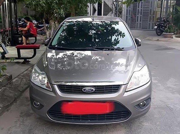 Giá xe Ford Focus cũ đời 2010 - 2011 -2012 giá dao động từ 290 - 370 triệu đồng..