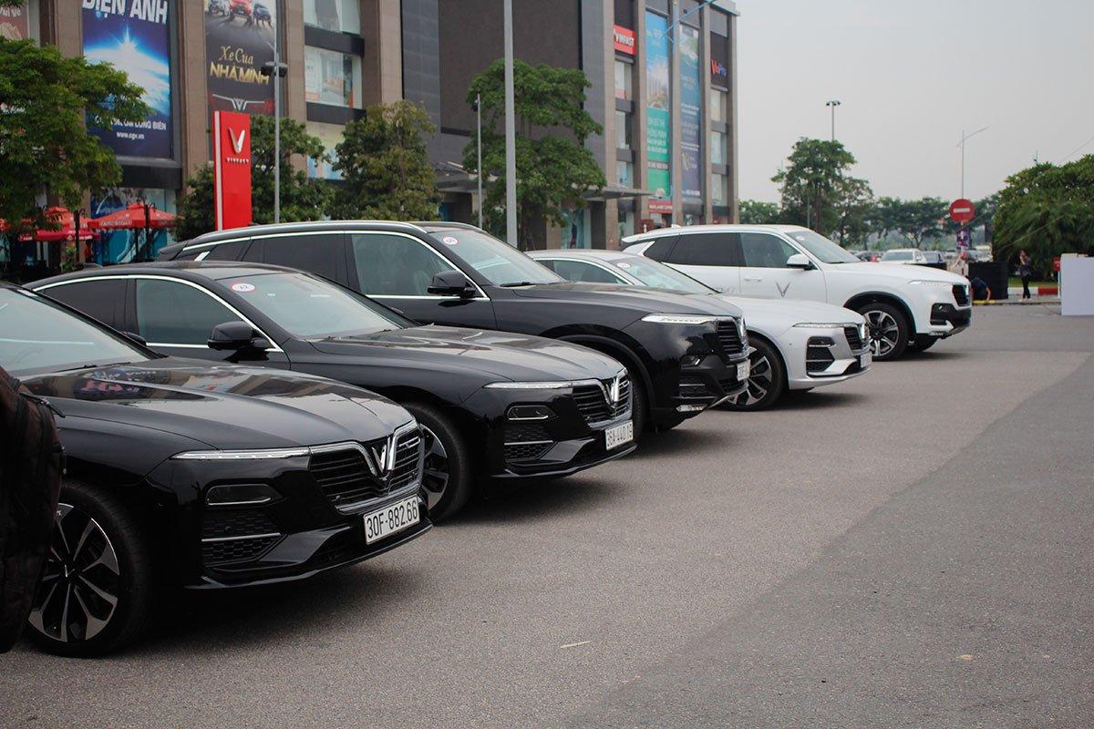 Khách hàng mua xe VinFast từ 4/6/2020 sẽ được hỗ trợ 100% lệ phí trước bạ 1