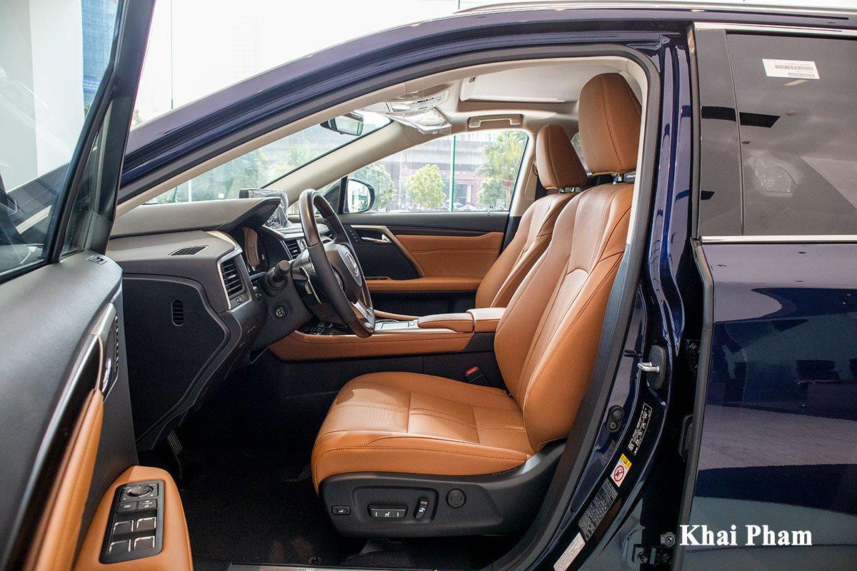 Ảnh ghế lái xe Lexus RX 450h 2020