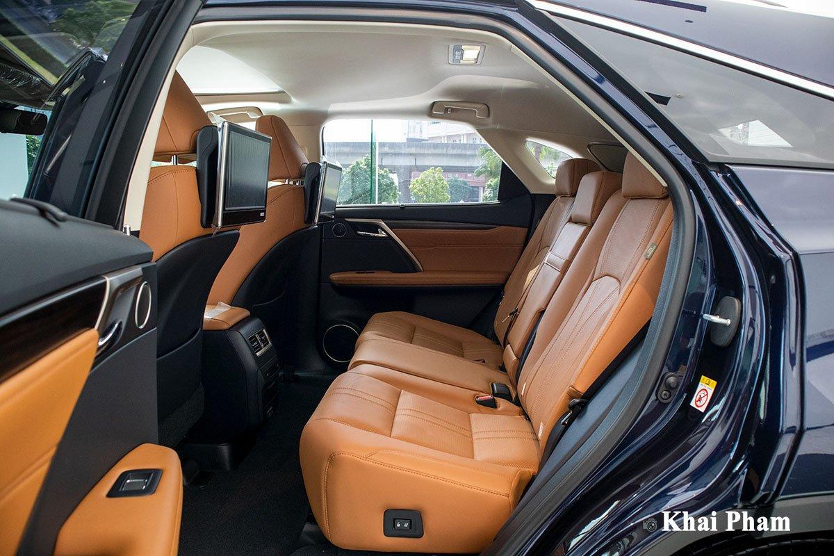 Ảnh ghế sau xe Lexus RX 450h 2020 a1