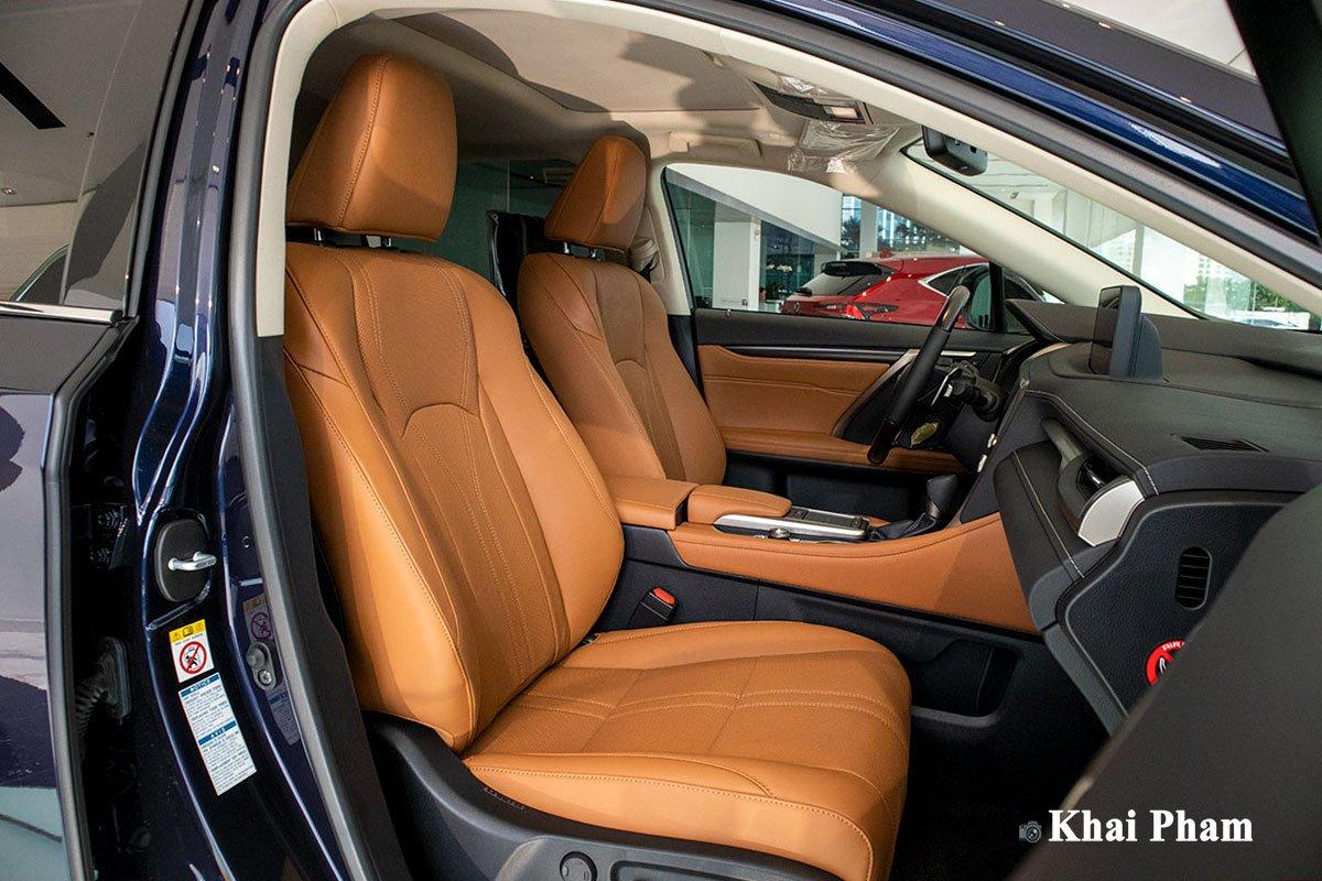 Ảnh ghế phụ xe Lexus RX 450h 2020