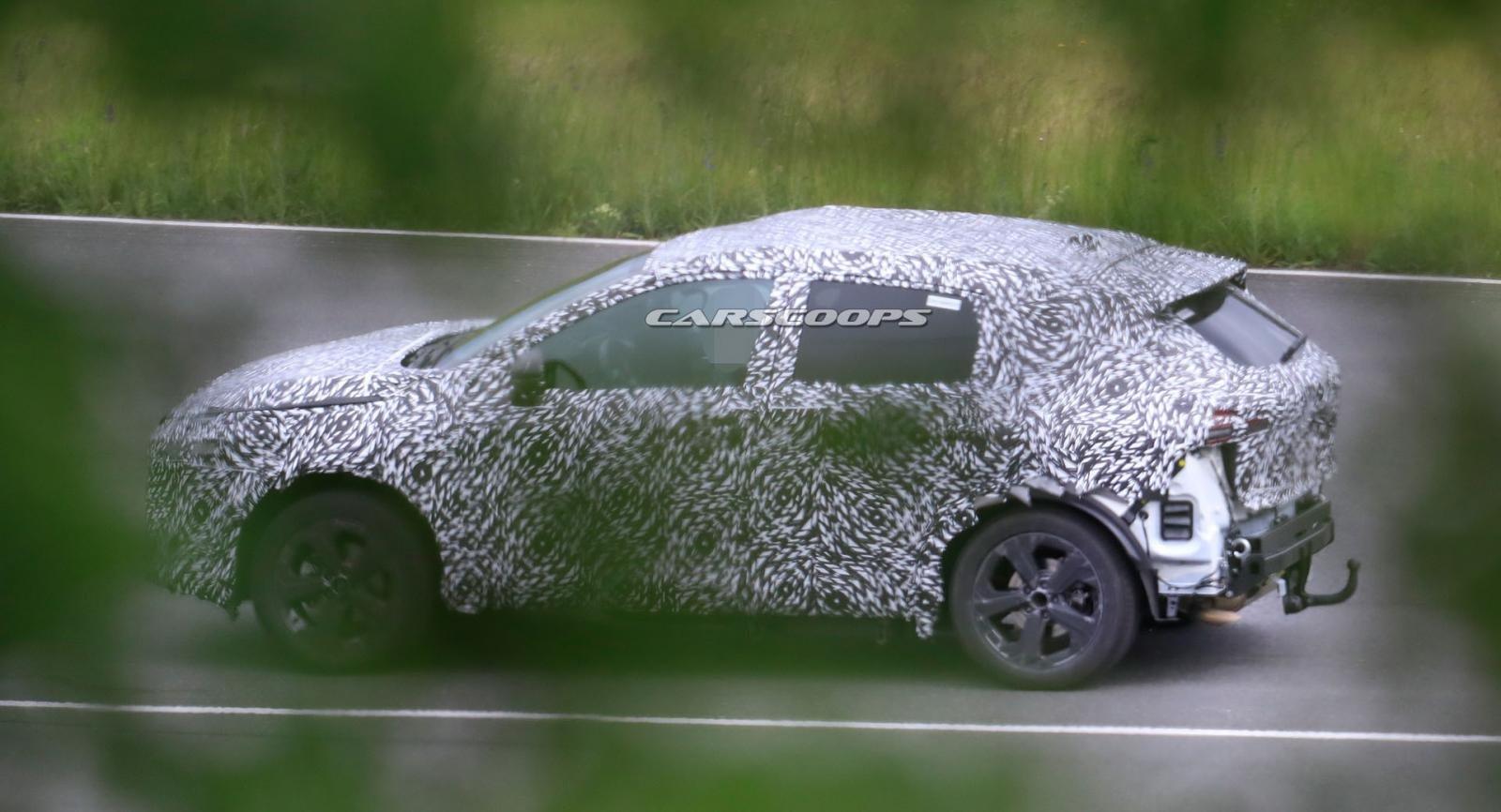 """""""Biến thể"""" Nissan X-Trail 2021 Sport móc kéo đặc biệt."""