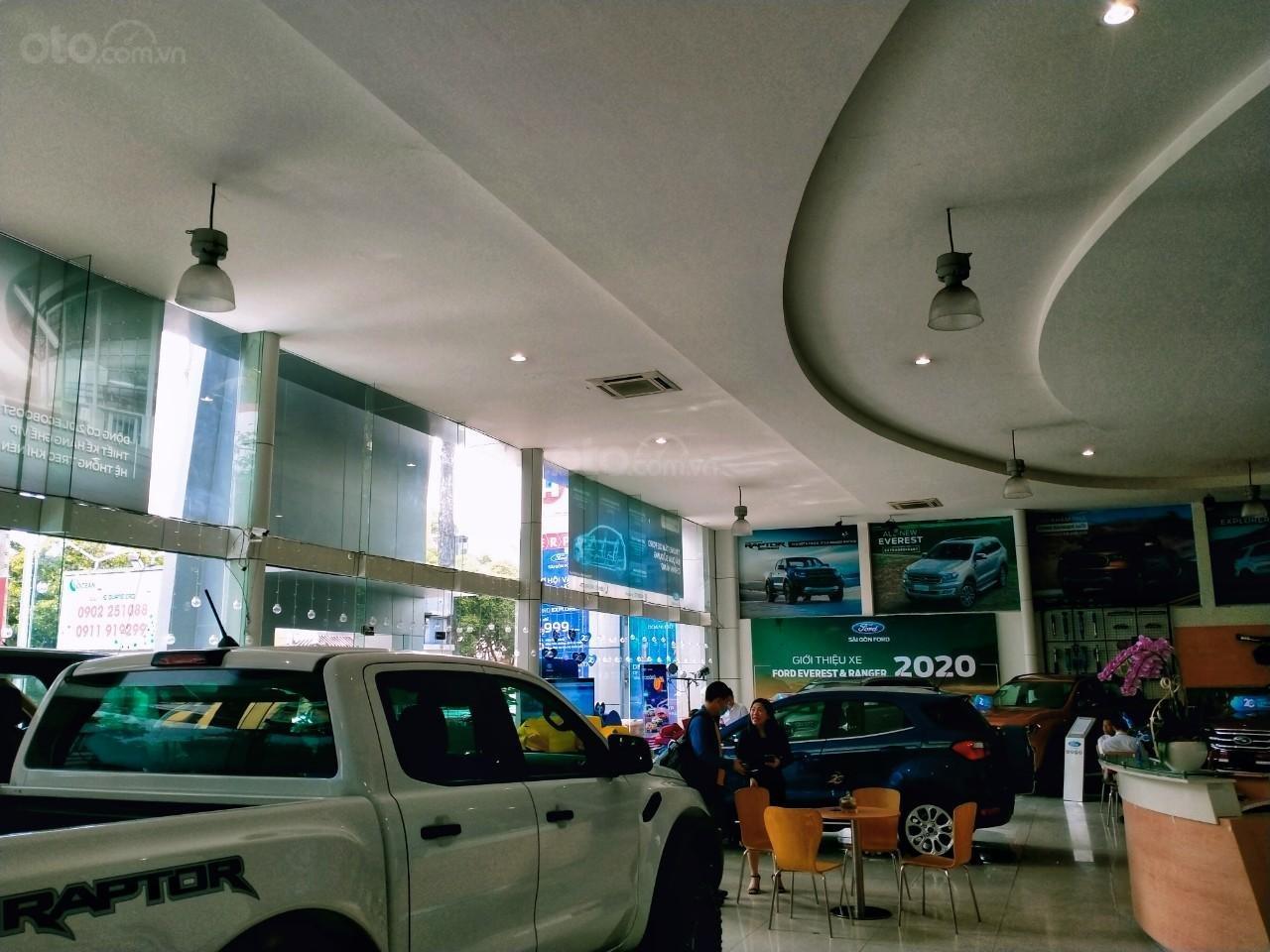 Sài Gòn Ford (15)