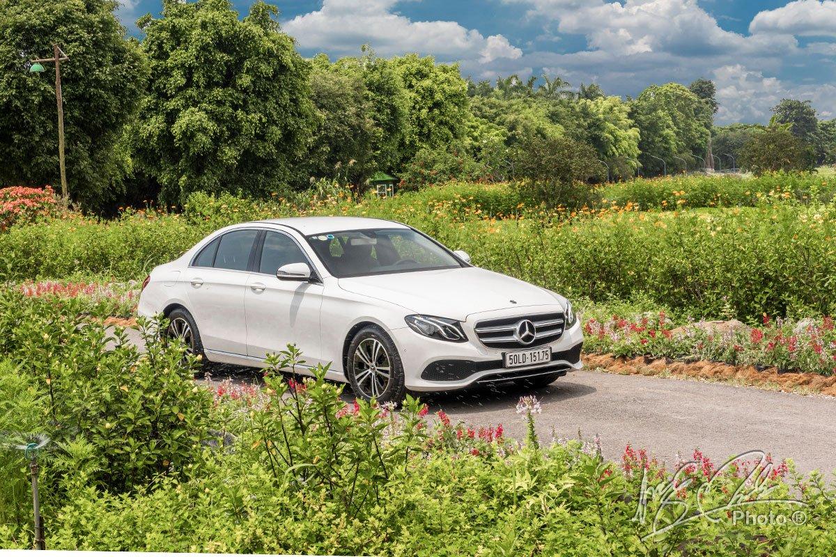 Đánh giá xe Mercedes-Benz E 180 2020: Ngoại hình không có sự khác biệt so với các phiên bản còn lại của E-Class.