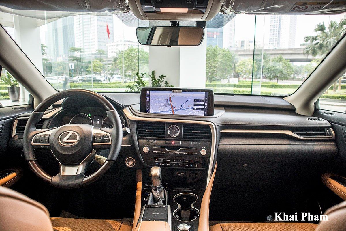 Nộithất xe Lexus RX 300 2021.