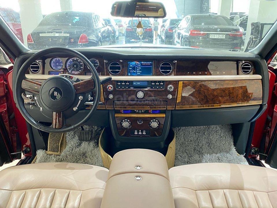 Bán xe Roll Royce Phantom EWB, bản thùng dài hiếm nhất VN, đăng kí lần đầu 2011 (10)