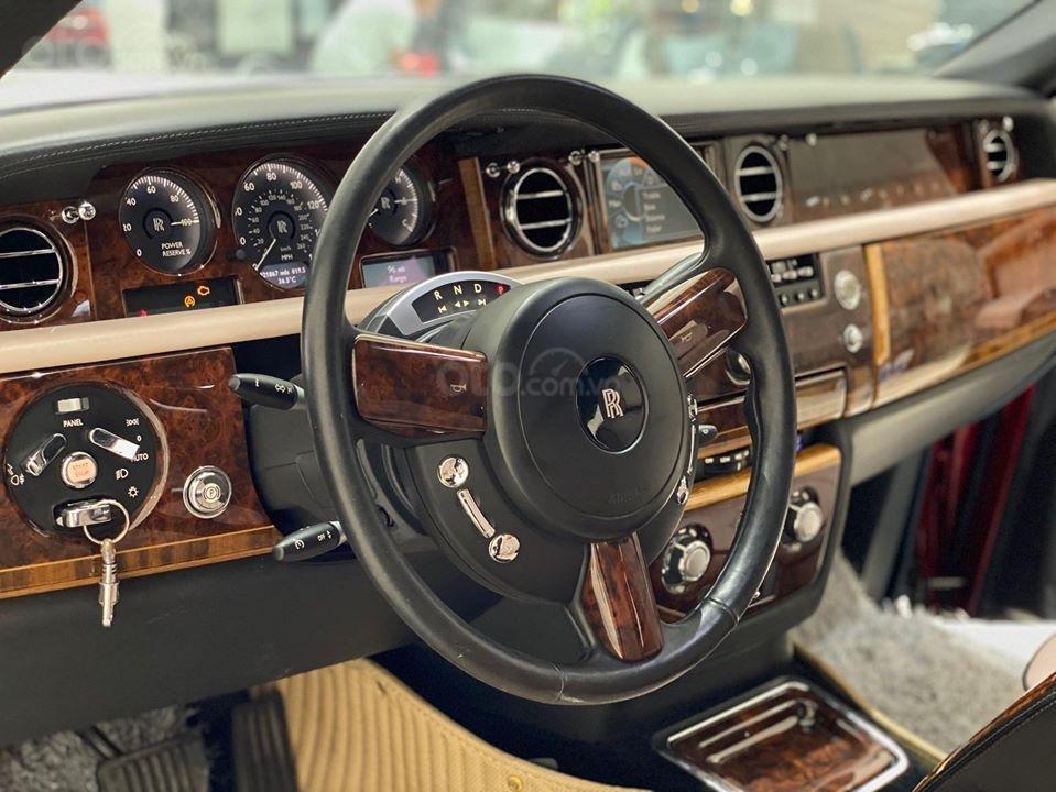 Bán xe Roll Royce Phantom EWB, bản thùng dài hiếm nhất VN, đăng kí lần đầu 2011 (9)