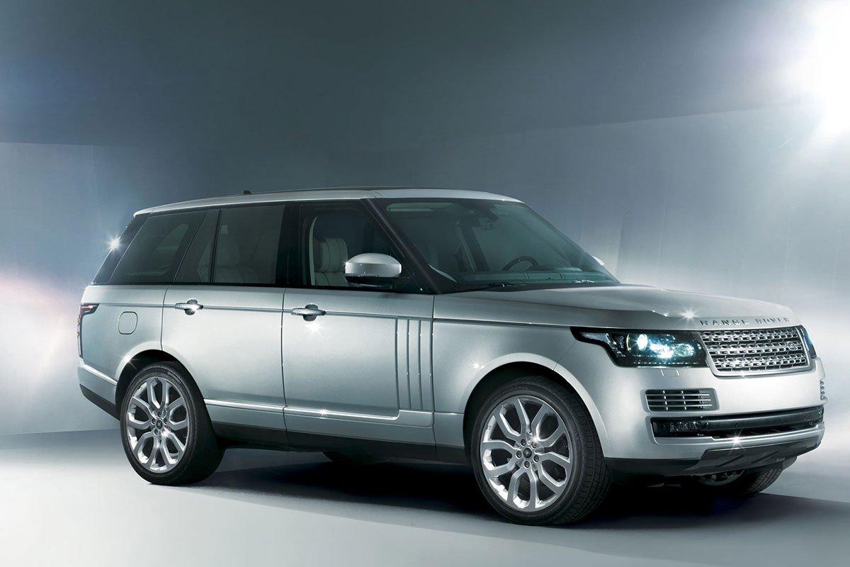 Thế hệ thứ 4 của Range Rover sử dụng khung gầm bằng nhôm đầu tiên trên thế giới.