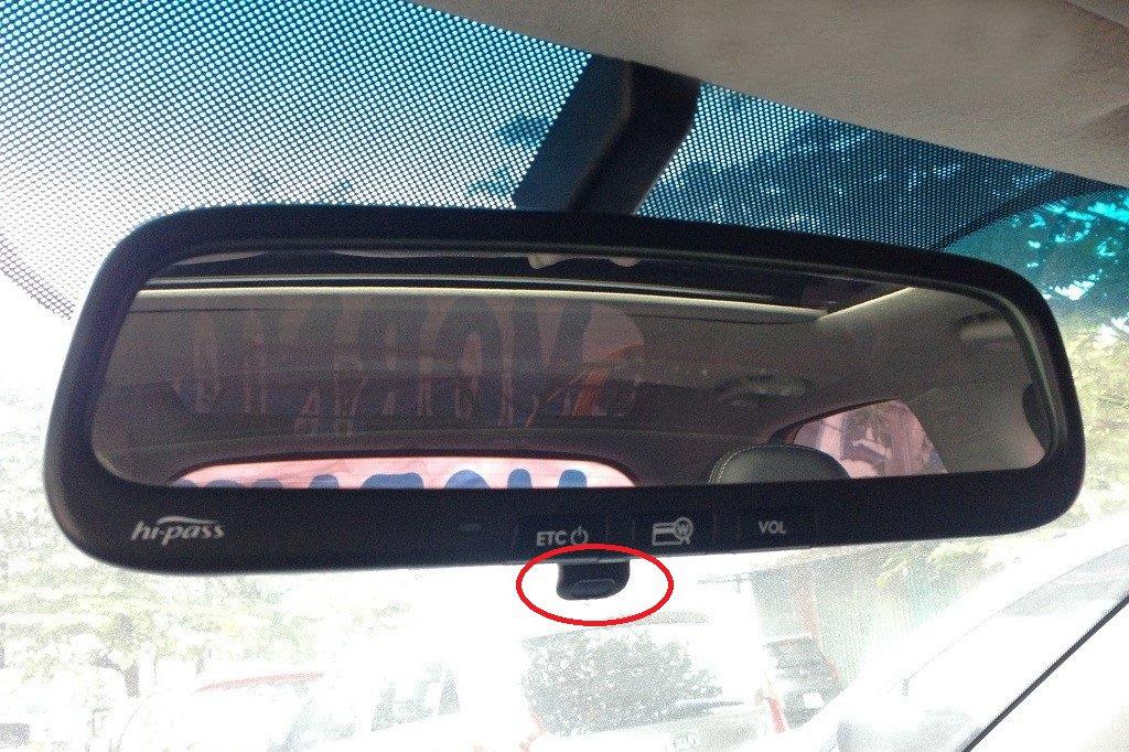 Nút chỉnh gương chống chói cho tài xế 1