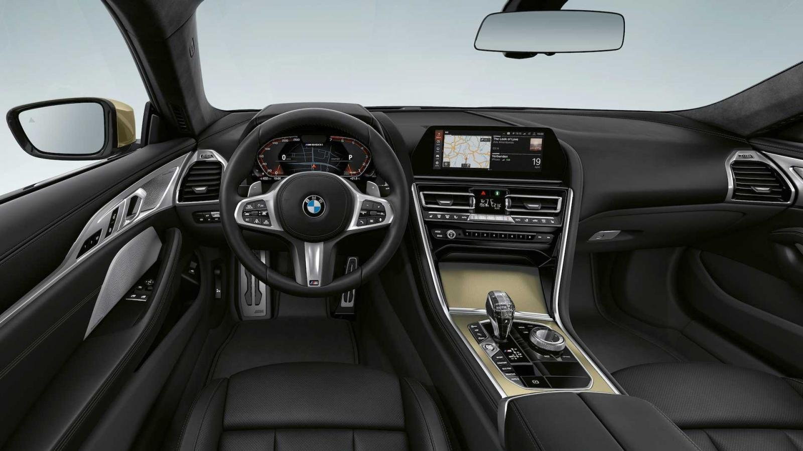 BMW 8-Series Golden Thunder Edition hiện đại và tinh tế.