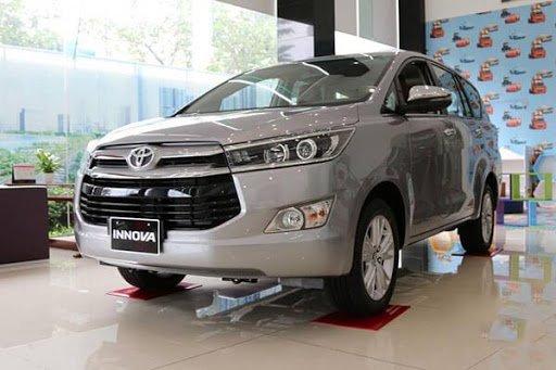 Toyota Innova 2020...