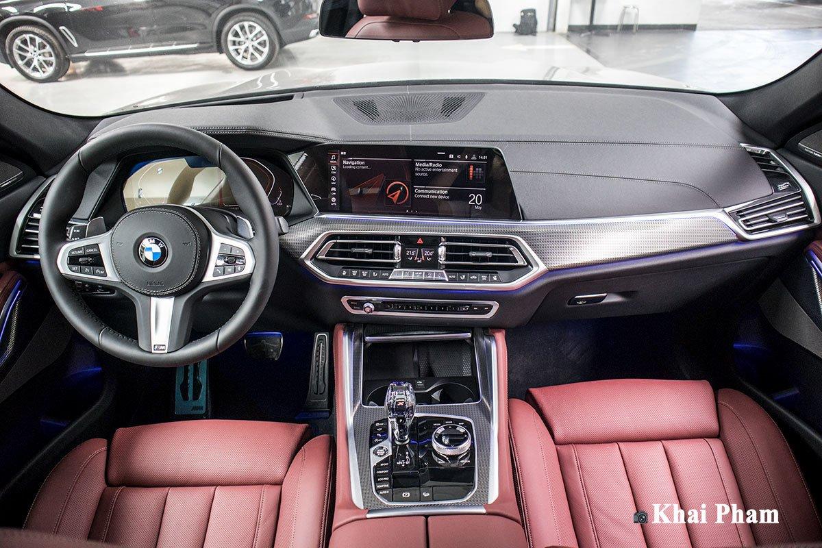 Ảnh chính diện Táp-lô xe BMW X6 2020