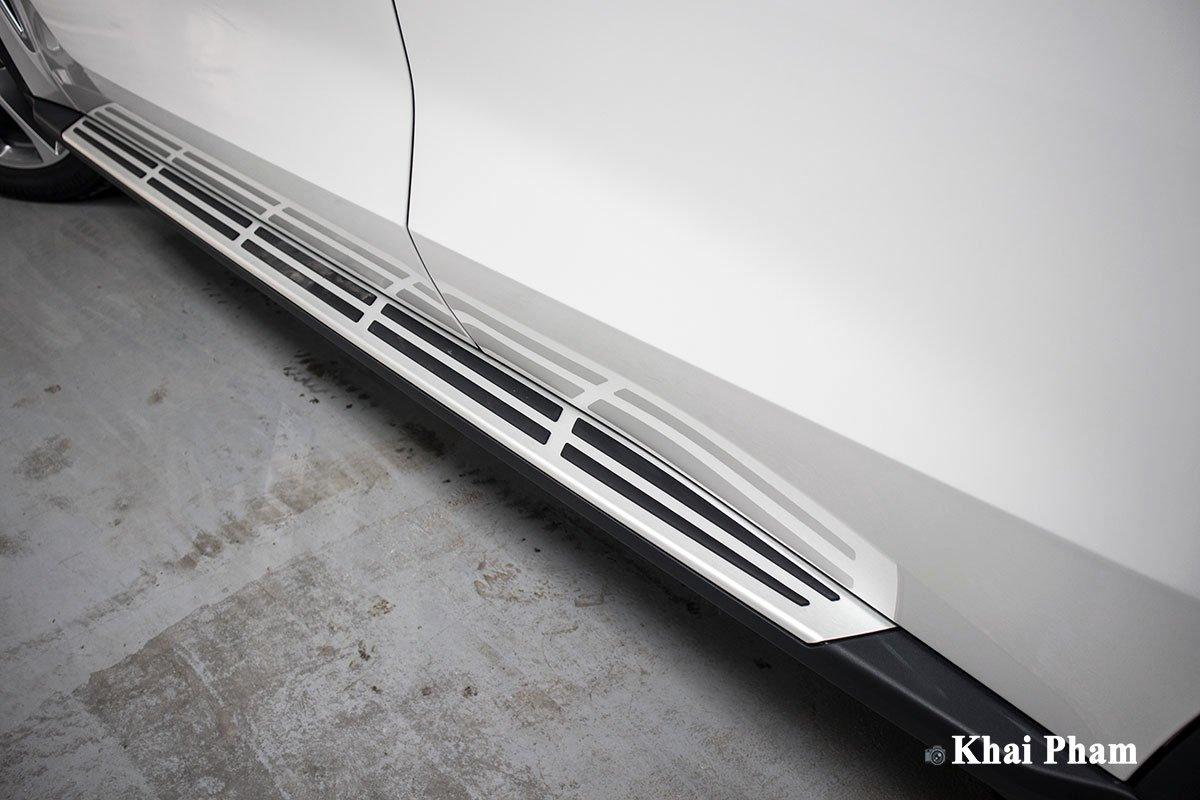 Ảnh  Bậc lên/xuống xe BMW X5 2020