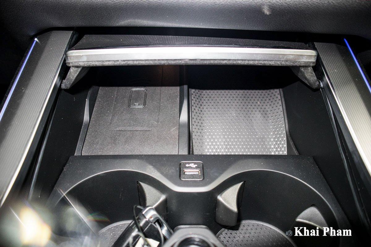 Ảnh Sạc không dây xe BMW X5 2020