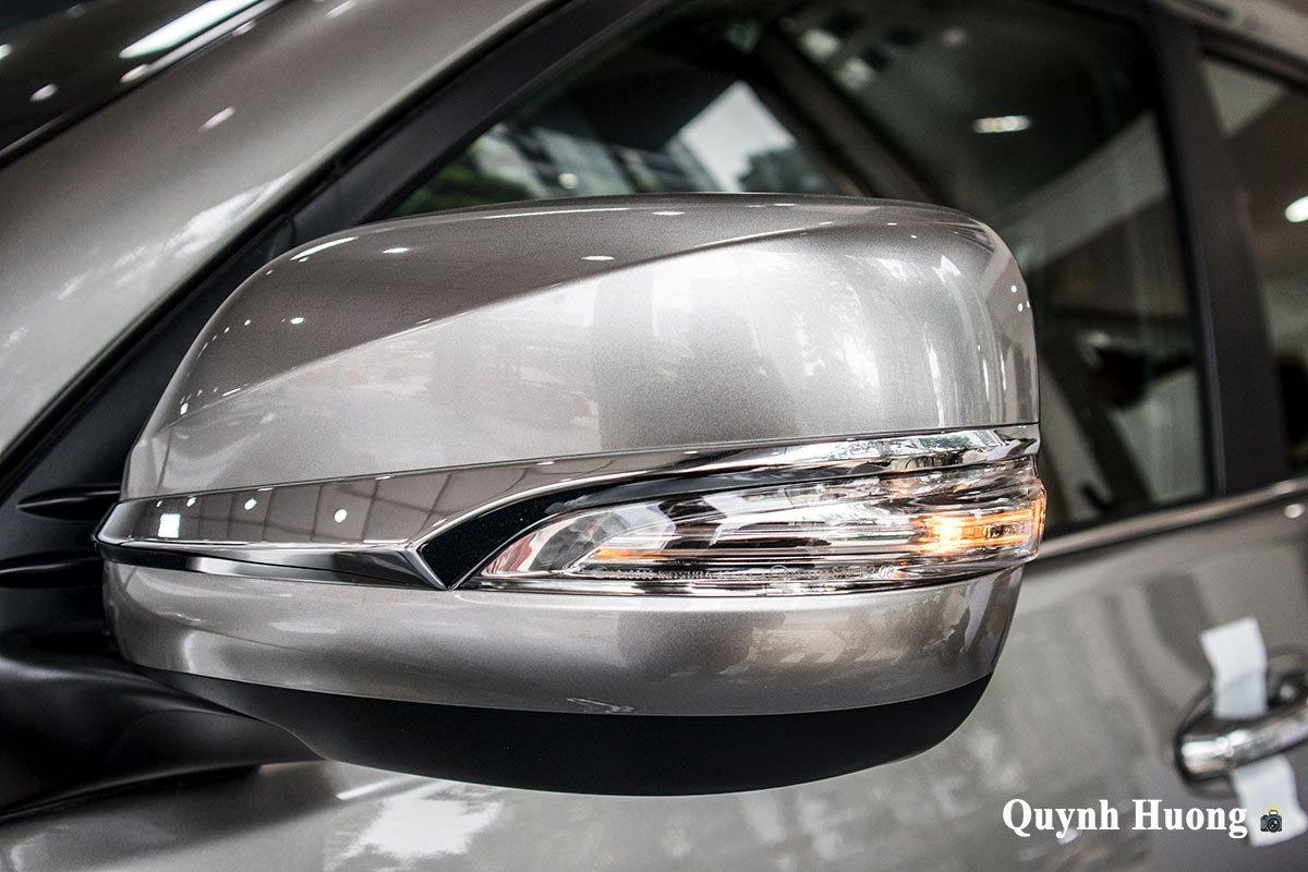 Ảnh gương xe Lexus GX 460 2020