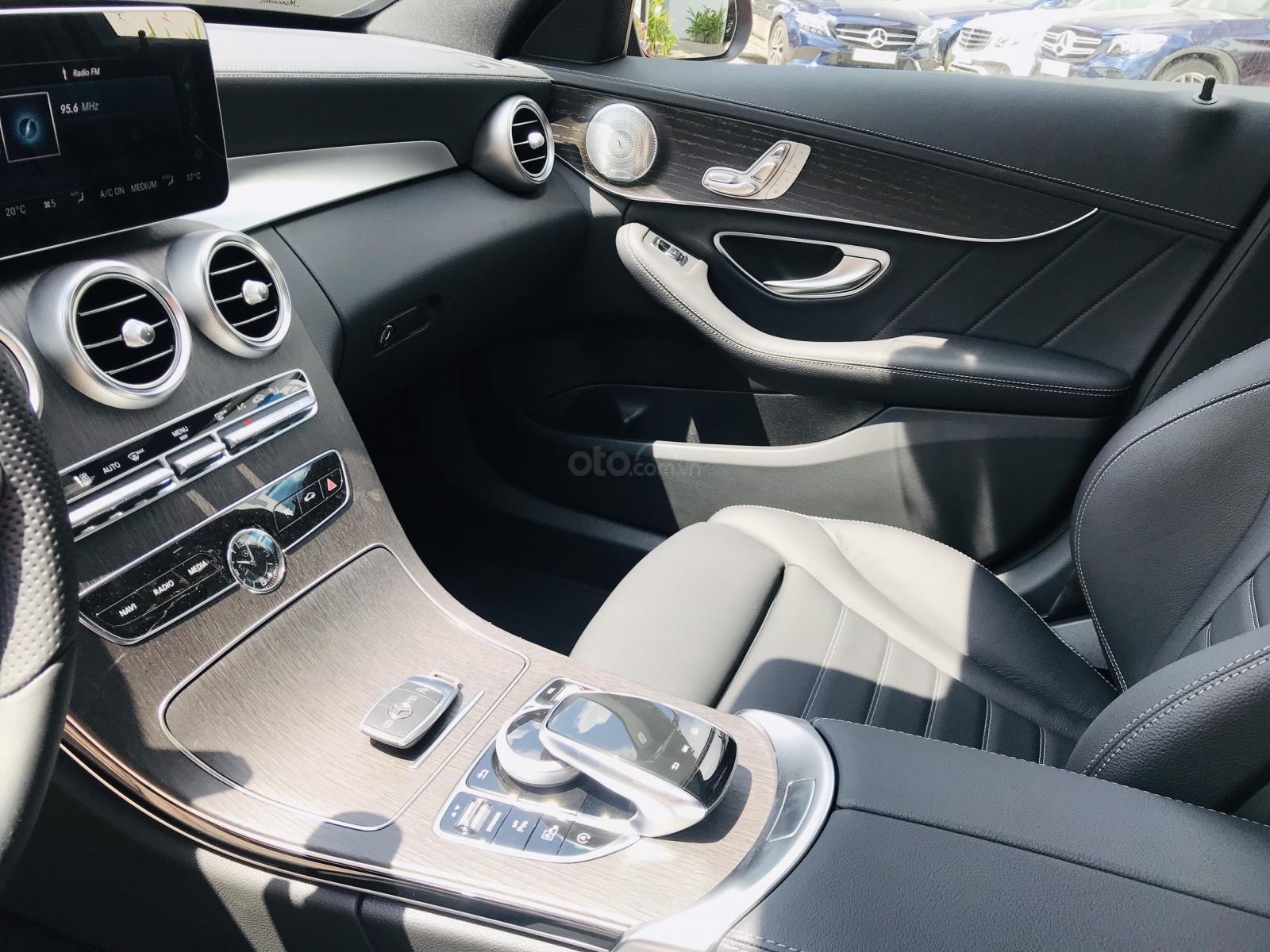 [Thanh lý xe demo] chính hãng thanh lý xe C300 giá cực tốt, xe mới, giá cũ, tiết kiệm 400 triệu (7)