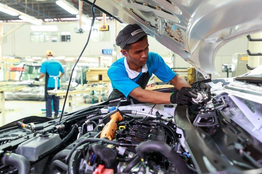 Ngành công nghiệp ô tô lẫn lực lượng lao động đang cần hỗ trợ.