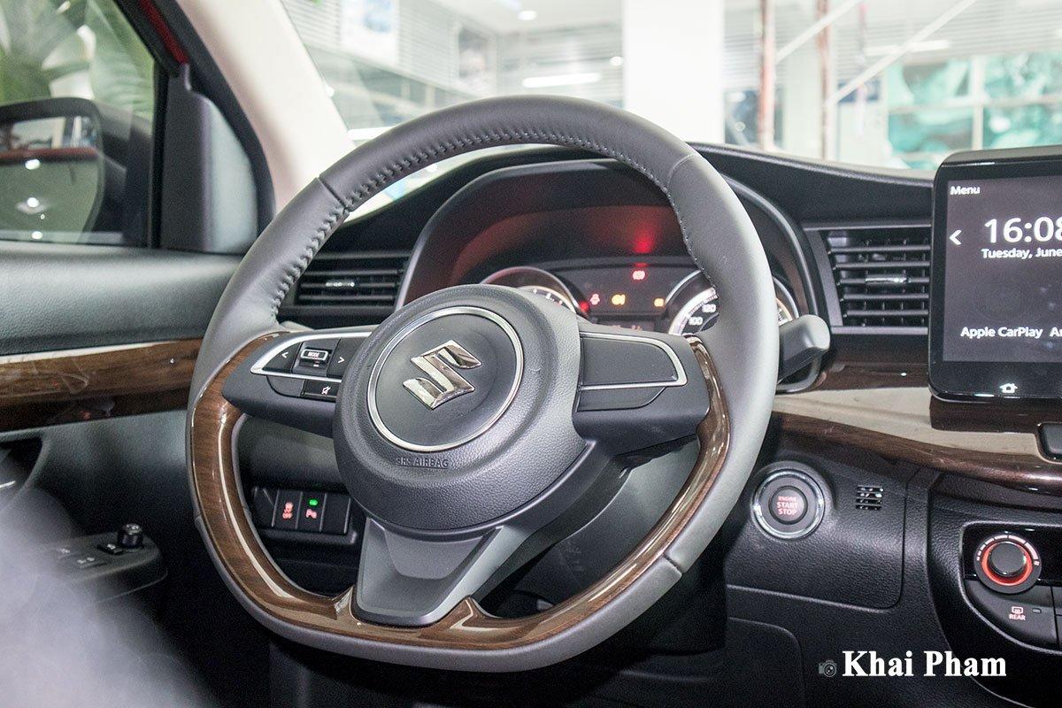 Ảnh vô-lăng xe Suzuki Ertiga Sport 2020