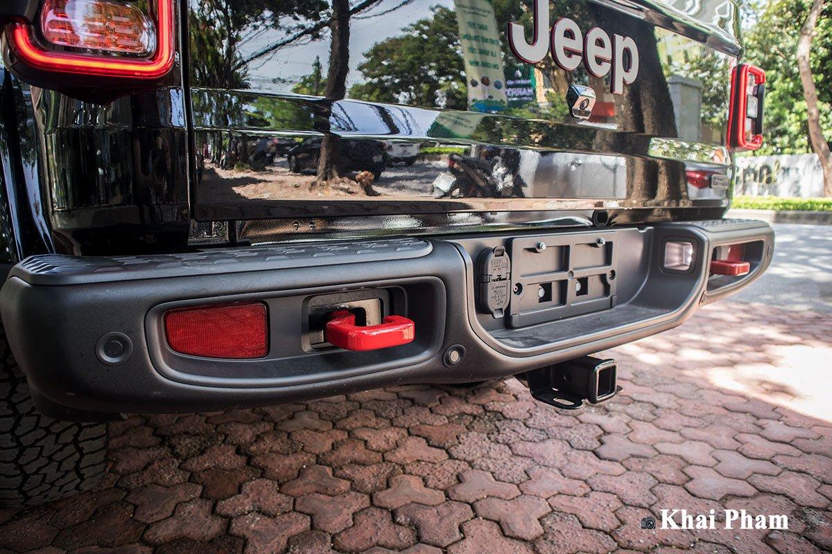 Ảnh cản sau xe Jeep Gladiator Launch Edition 2020