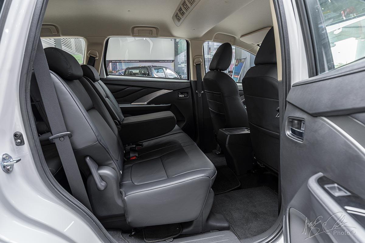 Ảnh Hàng 2 cửa xe Mitsubishi Xpander 2020