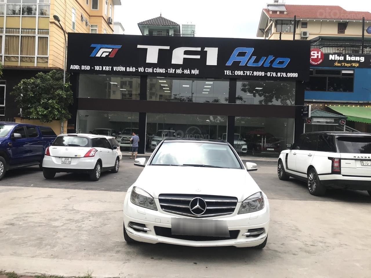 Cần bán lại xe Mercedes đời 2010 (1)