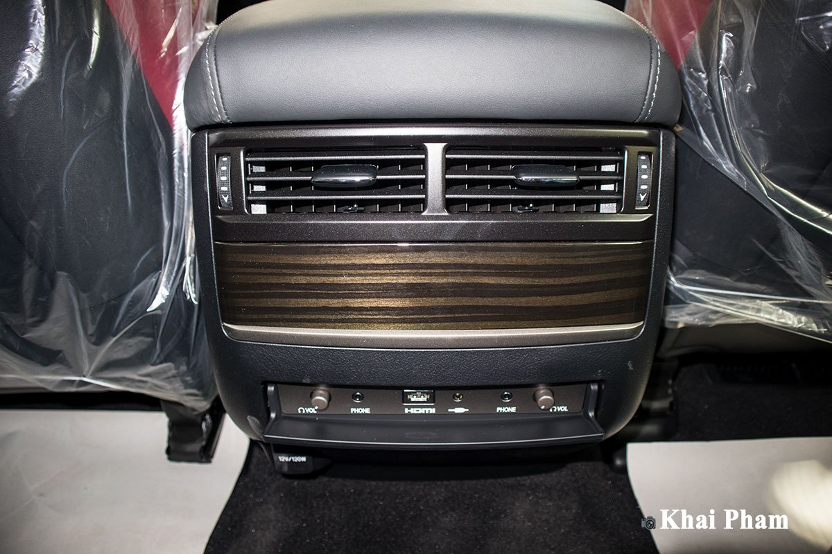 Ảnh cửa gió xe Lexus LX 570 Super Sport Black Edition 2020