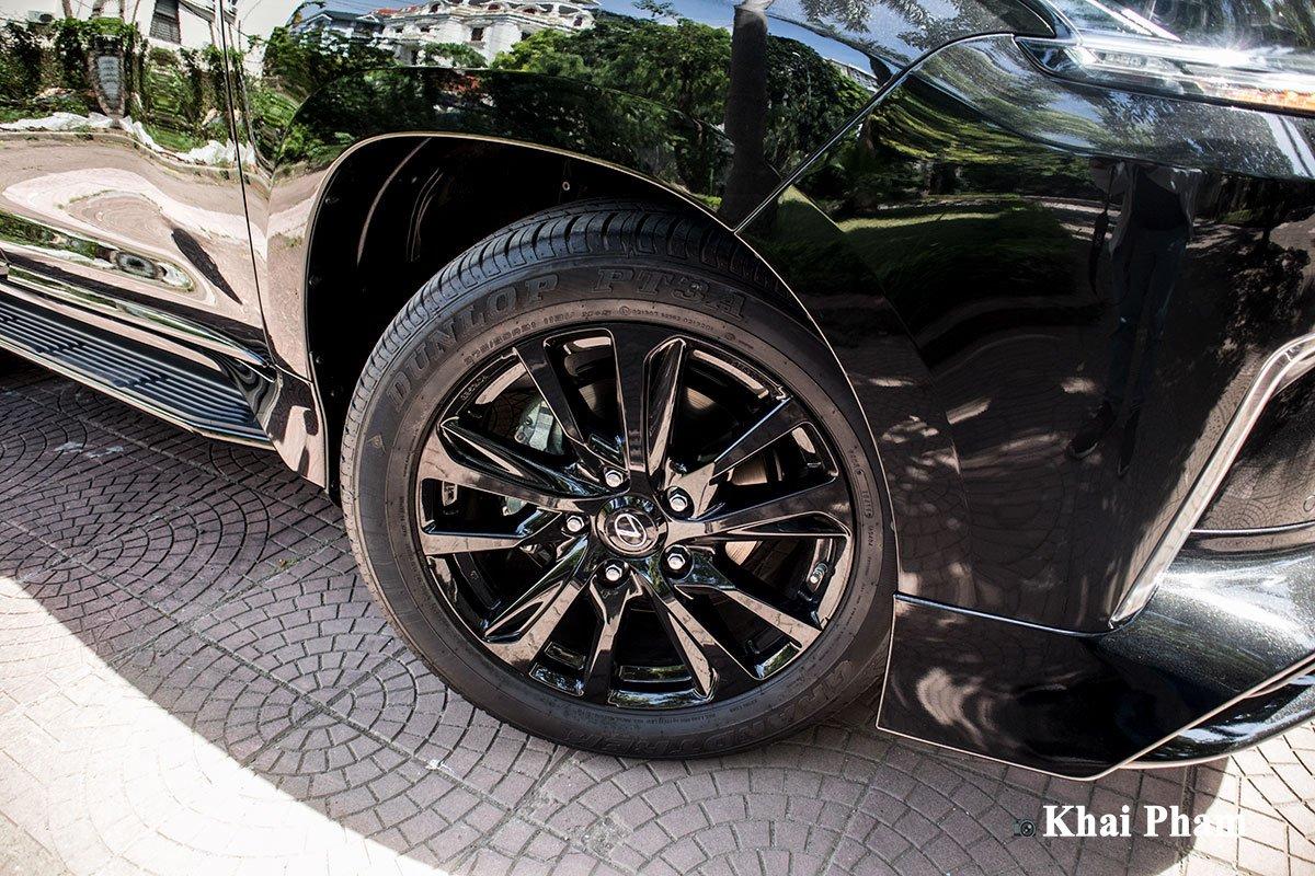 Ảnh la-zăng xe Lexus LX 570 Super Sport Black Edition 2020