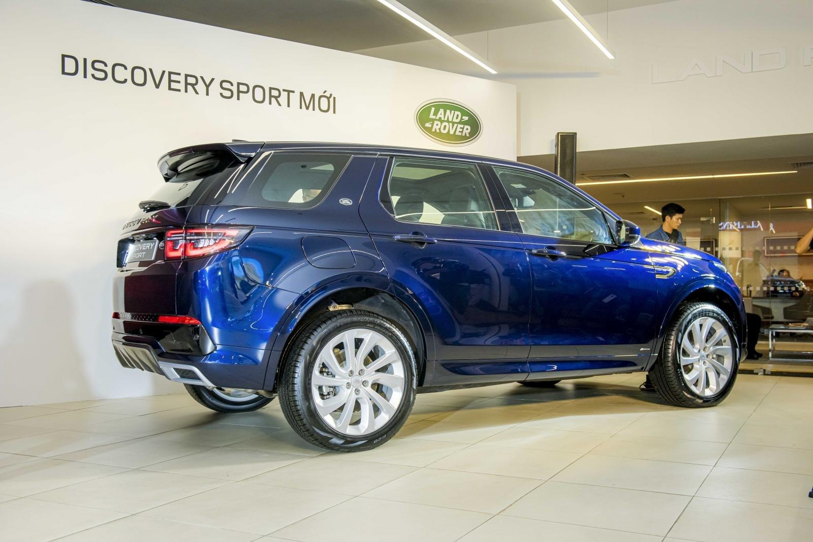 Land Rover Discovery Sport 2020 sở hữu nhiều trang bị hấp dẫn 1