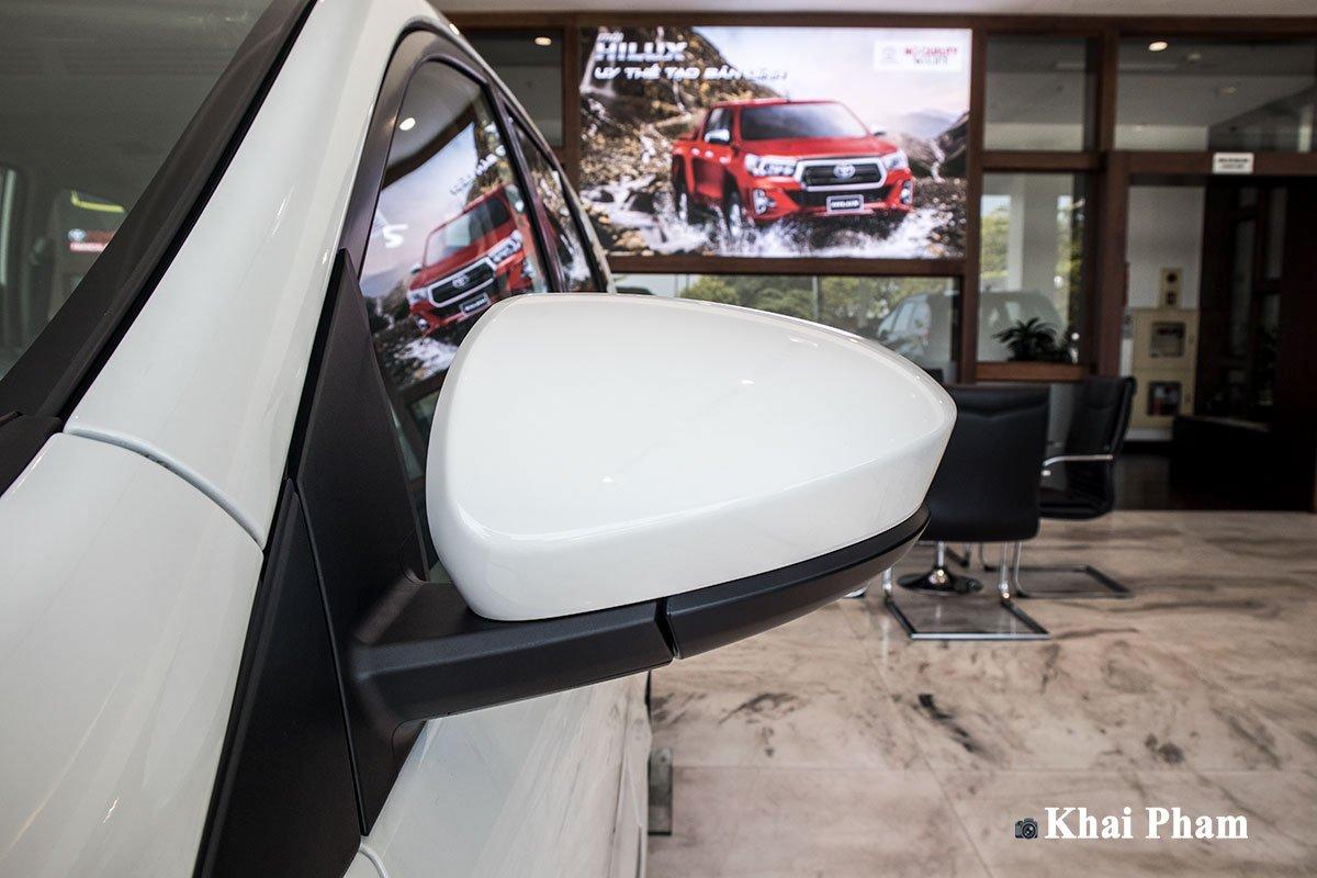 Ảnh Gương xe Toyota Avanza 2020