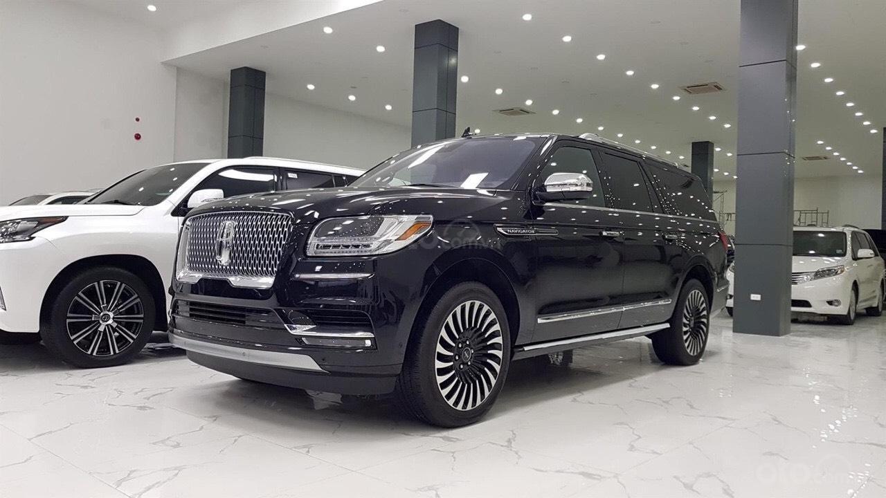 [Việt Auto Luxury] Cần bán xe Lincoln Navigator Black Label đời 2020 (2)