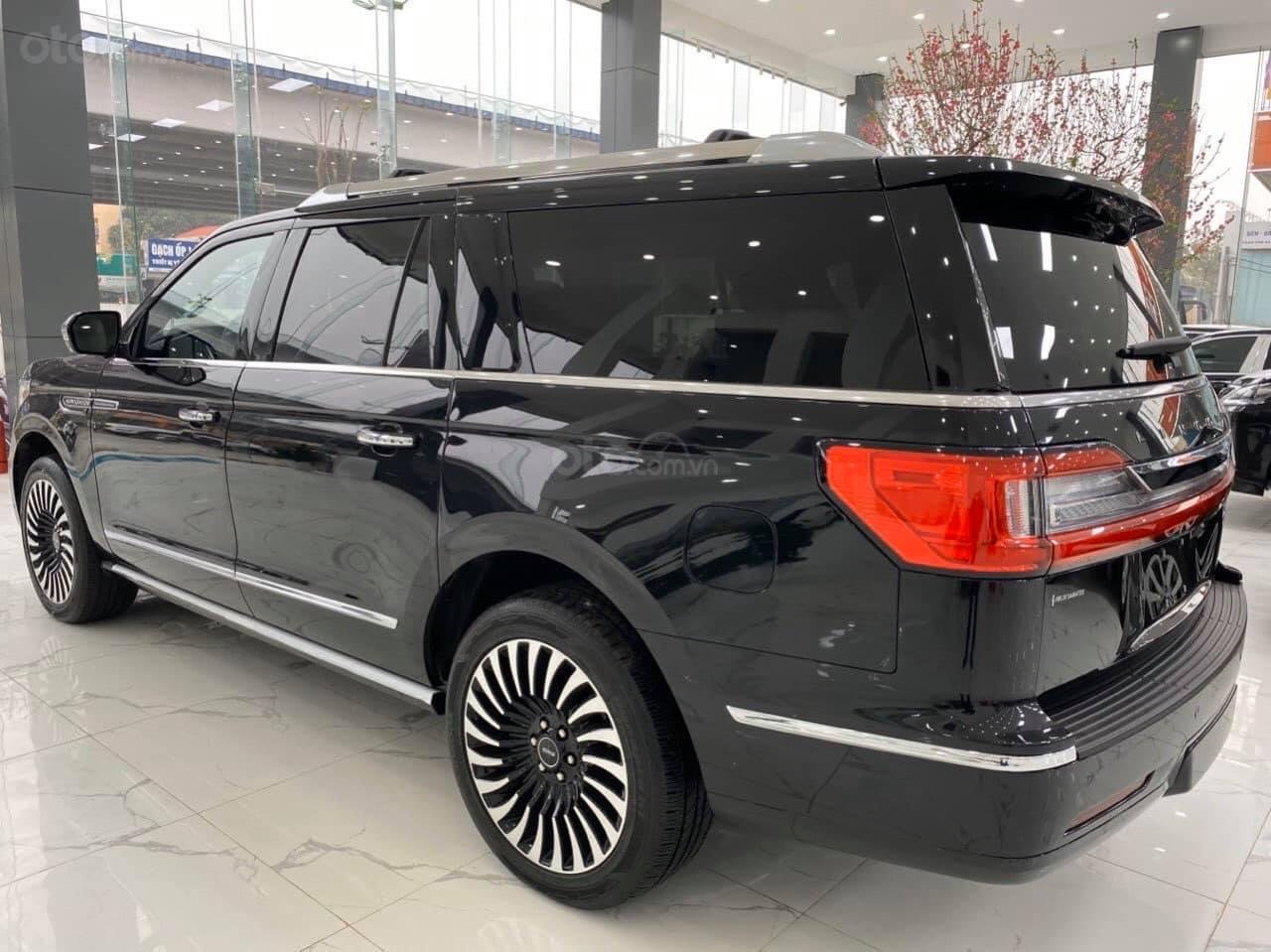[Việt Auto Luxury] Cần bán xe Lincoln Navigator Black Label đời 2020 (4)