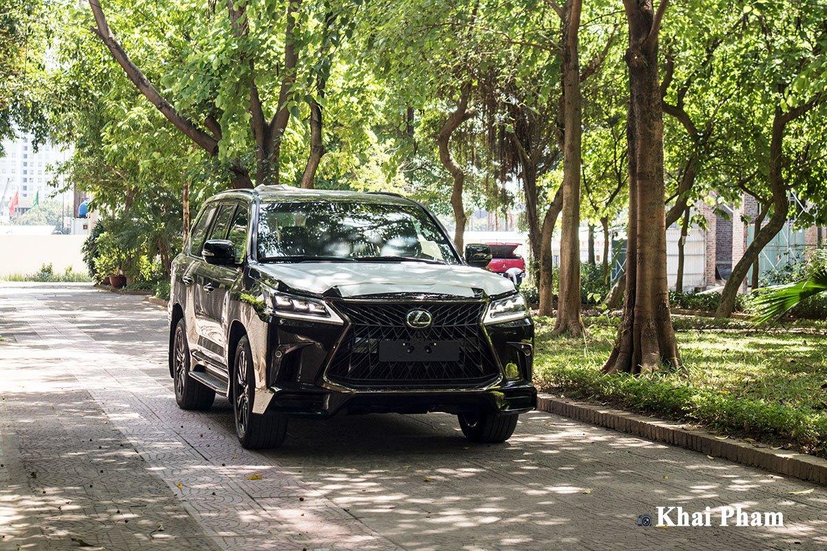 Ảnh Vận hành xe Lexus LX 570 Super Sport 2020