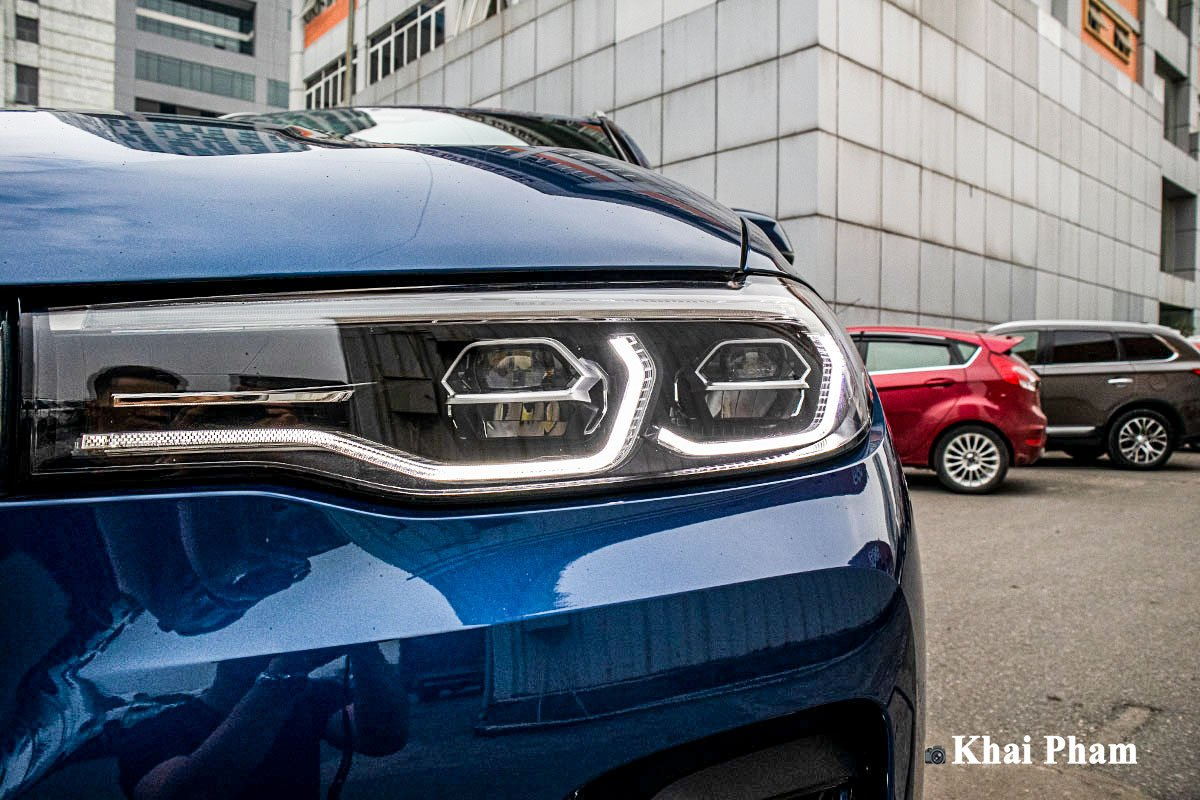 Ảnh Đèn pha xe BMW X7 2020