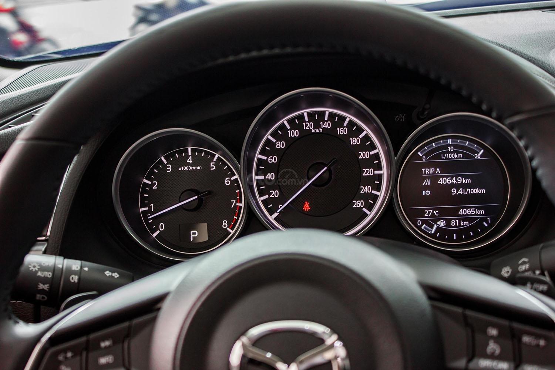 Bán Mazda 6 2.0 Premium 2019 lướt 4.000 km mới như xe trong hãng (9)