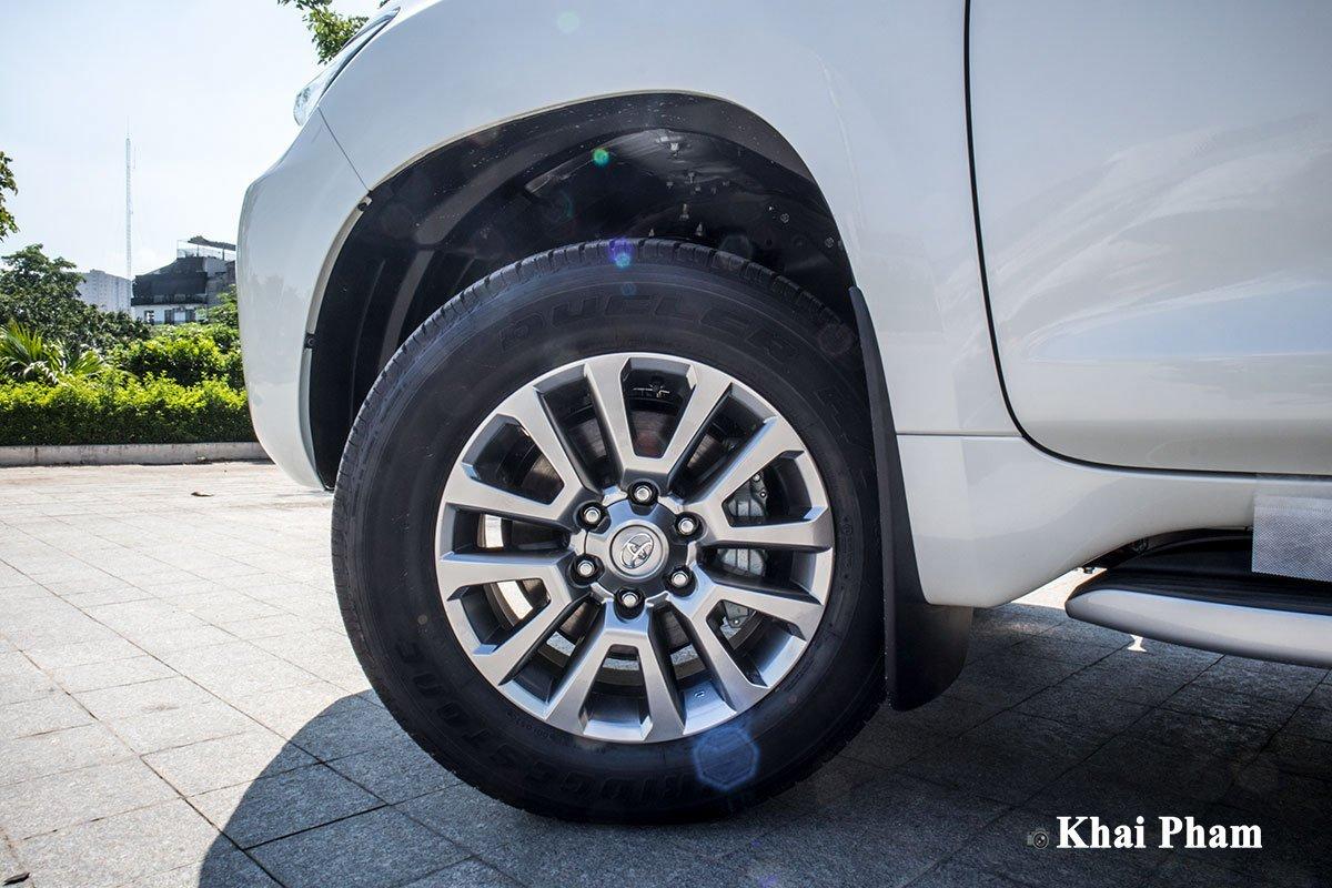 Ảnh La-zăng xe Toyota Land Cruiser Prado 2020