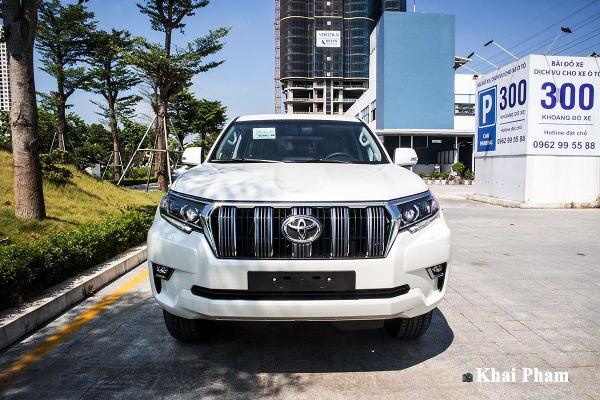 Ảnh đầu xe Toyota Land Cruiser Prado 2020
