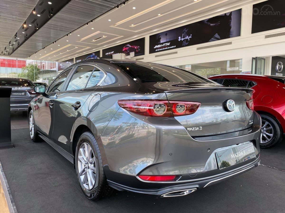 Bán Mazda 3 1.5L Premium năm sản xuất 2020, màu xám, mới hoàn toàn (4)